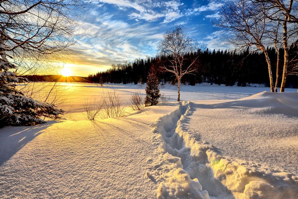Voyager pour faire du sky en hiver